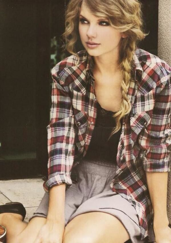 um ok why cant my hair look like this i dont care that its taylor swift
