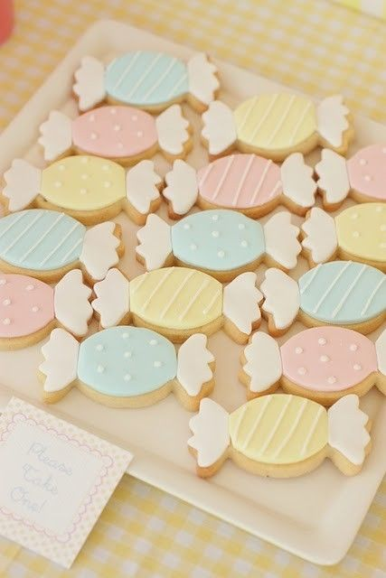 Love these cookies.. Great idea for a party!