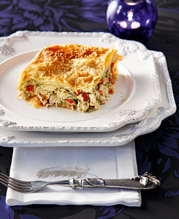 Μια πολύ νόστιμη πίτα, με πληθωρική γέμιση, για τα κυριακάτικα και γιορτινά τραπέζια σας.