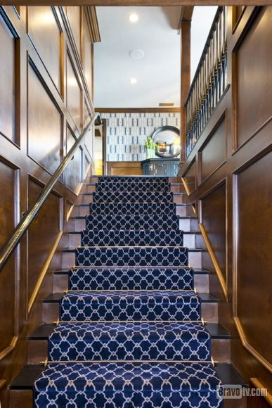Even Jeff Lewis' Gramercy stairs scream chic!