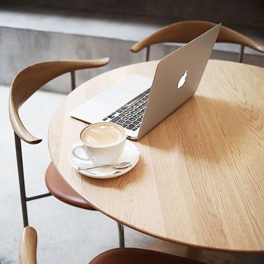 Relax, #slowmoring y para nosotros la mejor forma de pasar el día: ¡rodeados del mejor diseño! Sillas CH88 diseño de Hans J. Wegner que edita Carl Hansen & Son ☕️ · · · #DomésticoShop #design #interiordesign #love #pursuepretty #interiorarchitecture #happy #theartofslowliving #vogueliving #seekthesimplicity #homestyle #darlingmovement #cute #theartofrefinedliving #inspiremyinstagram #flashofdelight #thehappynow #liveauthentic #designinspiration #easyliving #beautifulmatters