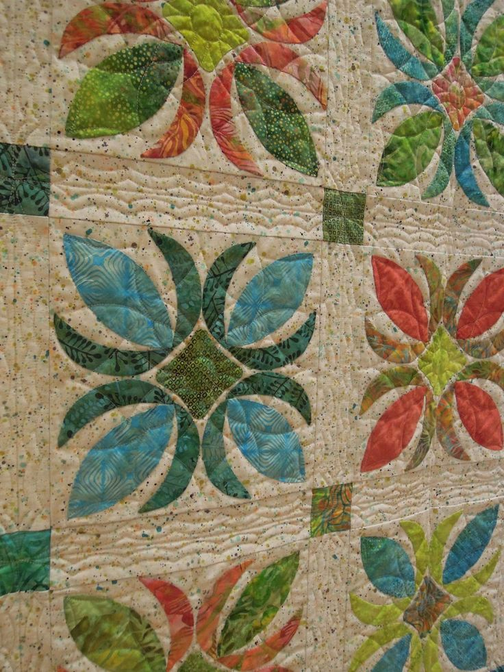 Quilting Designs Sashing : 270 best images about Hawaiian Quilts on Pinterest Quilt designs, Quilt and Cook islands