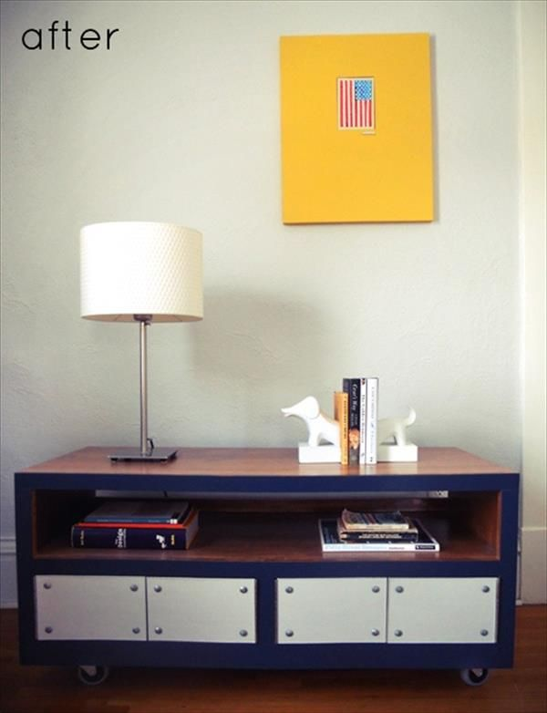 Yellow Wallpaper On Wall Lamp Table With Board Decoration Ideas