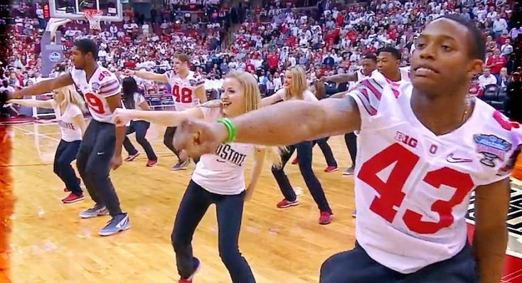 Darron Lee's got moves