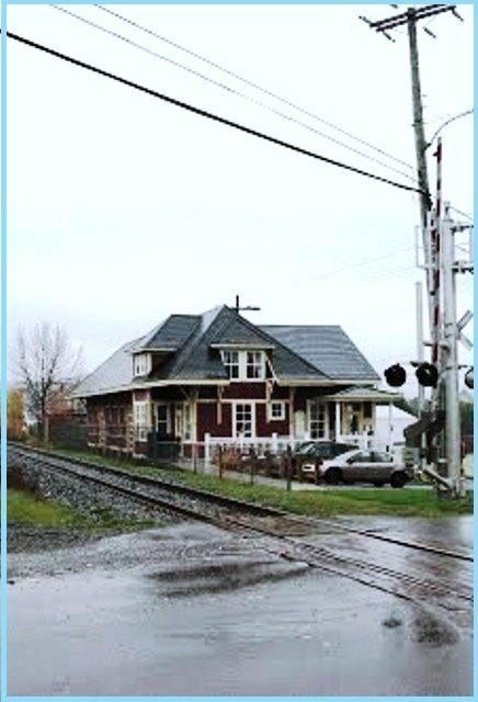 RIVIÈRE-BLEUE, Québec - dépôt Temiscouata Railway
