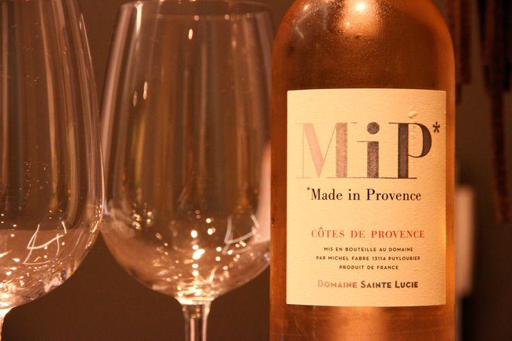 Voilà l'été ! Voilà l'étéééé !  Un rosé comme on les aime MiP ...  www.mihotel.fr