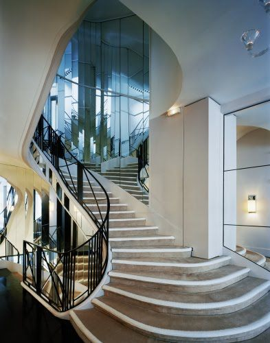 gorgeous staircase at Chanel in Paris...  31 Rue Cambon.  If only those stairs could talk.  will return soon ;-)