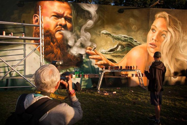 Welin graffitikunst Roskilde 2016 Martha Cooper Shooting a picture of me painting from a picture of Action Bronson Photo by Frederik Emil Høyer-Christensen