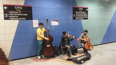 music-in-istanbul-subway