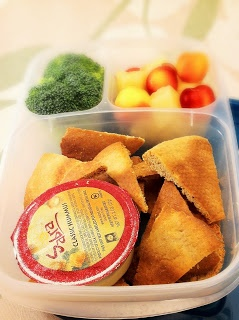 Baked #Pita Chips and hummus #lunch #box