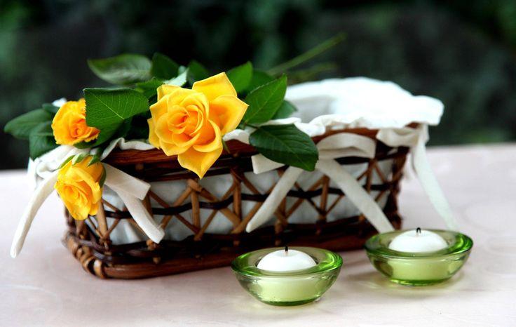 Розы, желтые, цветы, корзина, свечи, листья обои, картинки, фото