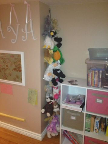 Stuffed animal storage - this is genius.  Mind = blown for how quick and simple it is - and it works!