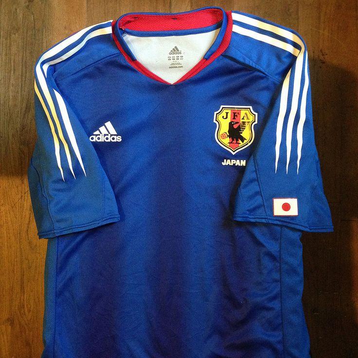 2004 China AFC Asian Cup Japan Home Jersey // 日本サッカージャージ。AFC中国アジアカップ2004 // #soccer #football #jersey #maillot #trikot #maglia #kit #home #japan #nippon #fifa #adidas #サッカー #ジャージ #スポーツ #日本 #アディダス #2004