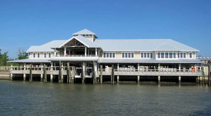 In just 20 minutes you can be transported by ferry from the Deep Point Marina in Southport to Bald Head Island.