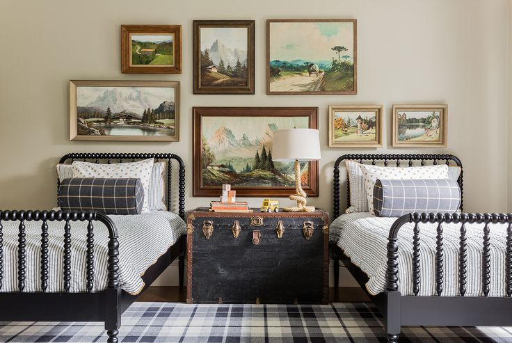 Stephanie Sabbe - two twin beds - boys' bedroom - Nashville Interior Designer