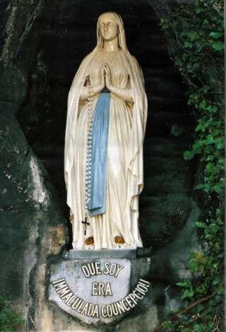 Nuestra Senora de Lourdes . Francia