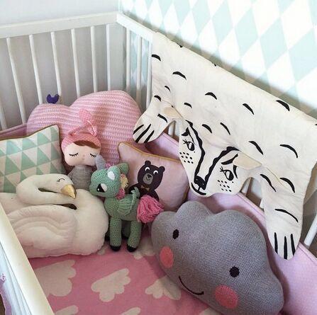 27 * 41 cm 2 pçs/lote branco e cinza de lã macia almofada travesseiro de malha com sorriso nuvem nuvem travesseiro brinquedos de pelúcia bonecas de decoração em Animais de pelúcia de Brinquedos & Lazer no AliExpress.com   Alibaba Group