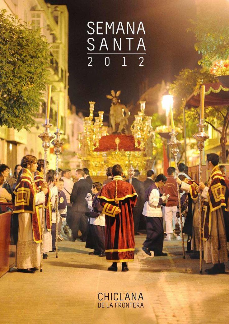 Esta noche tendrá lugar la presentación del cartel de la Semana Santa de Chiclana 2012, aquí comparto con vosotros las dos fotos que presenté al concurso