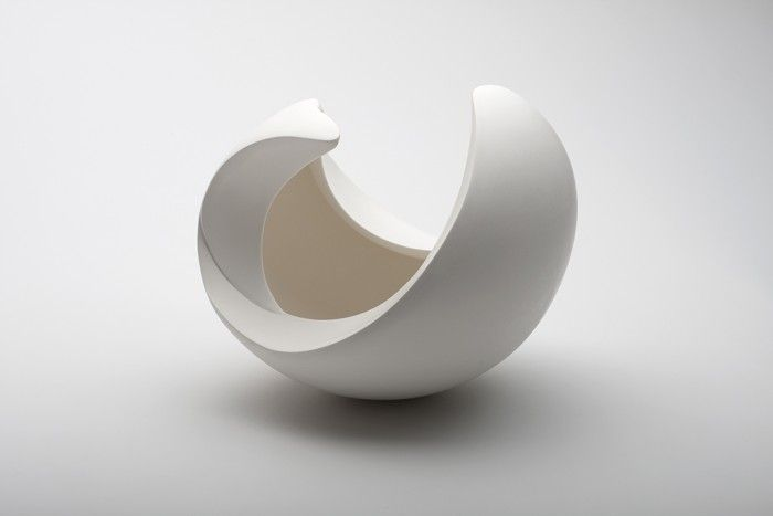 From the Archetype. Yoon Sol. (Works from a sphere to produce thin layers of bowl shaped elements with different diameters and heights. Layers are placed one by one.)