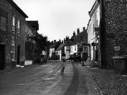 Main Strain in Cley, Norfolk, 1937.