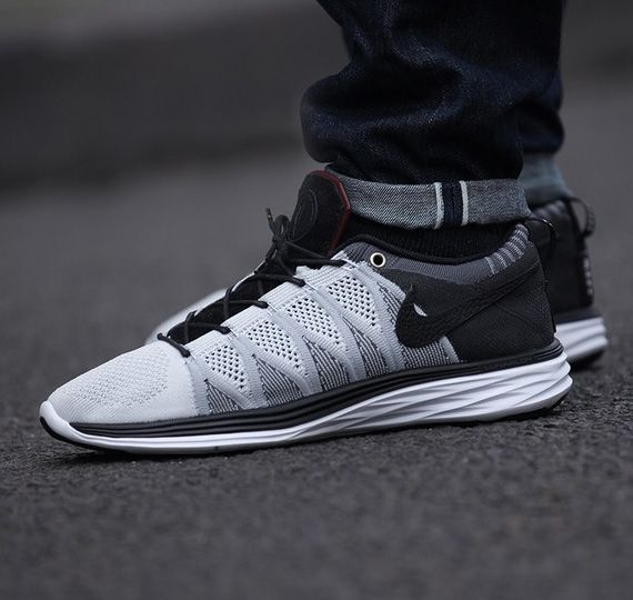 "AFEW x Nike Flyknit Lunar2 Lux ""V"" 