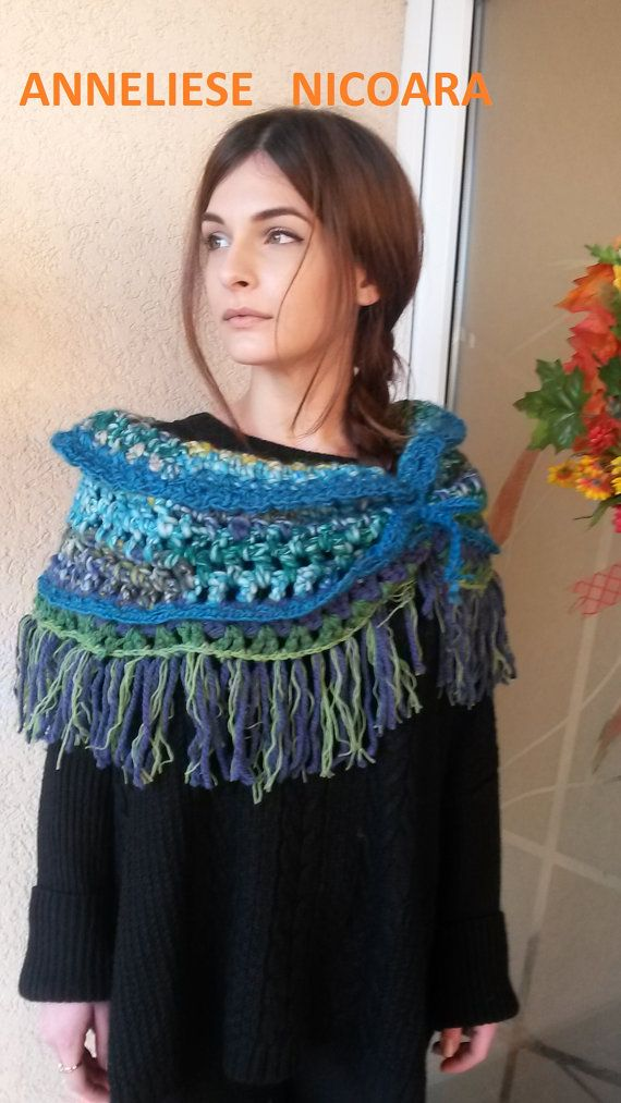 Capelet Miss Arya by AnnesMagicCrochet on Etsy