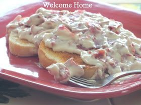 Welcome Home: ♥ Creamed Chipped Beef on Toast ~ YUM! SHIT ON A SHINGLE FROM WHERE I GREW UP THIS WAS A STAPLE A SAT AM BREAKFAST FOR SURE!!!! ♥ IT!