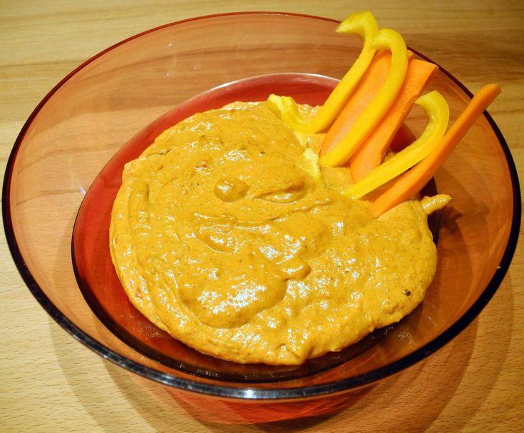 Cashew-Curry-Paprika-Dip von Wölkchen 3010 auf www.rezeptwelt.de, der Thermomix ® Community