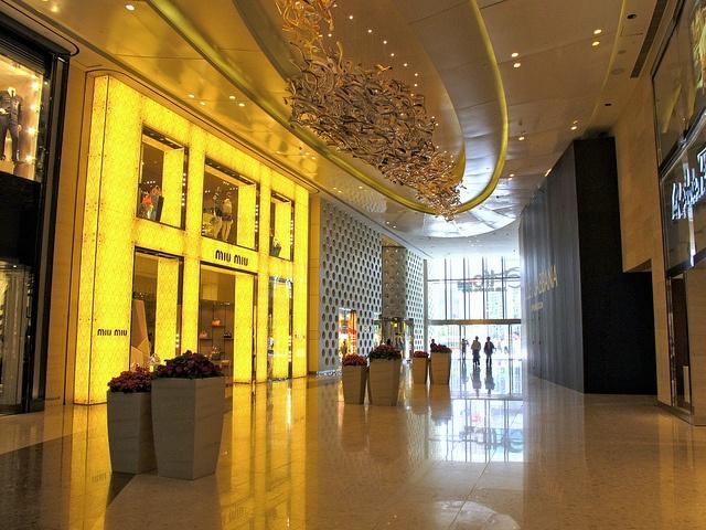 shanghai ifc mall Interior by wing1990hk, via Flickr