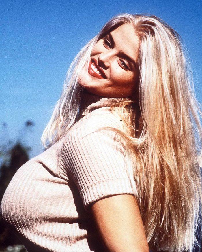 Anna Nicole Smith Photos - Purepeoplecom