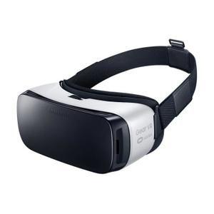 Samsung GEAR VR Casque de réalité augmentée pour Samsung S7/ S7 Edge, S6/ S6 Edge et S6 Edge +- Poids : 307g (Lunette seule) / 439g - 478(avec smartphone) - Champ visuel à 96° - Temps de latence 20ms - Réglage de l'écart entre la lentille et l'écran
