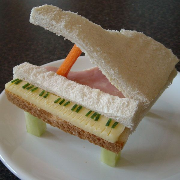 Piano sandwich - fun food art for kids!