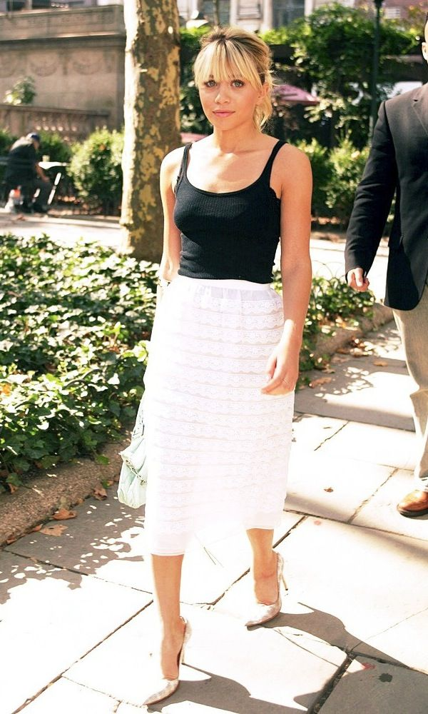 ASHLEY OLSEN IS SPRING-PERFECT IN BLACK + WHITE