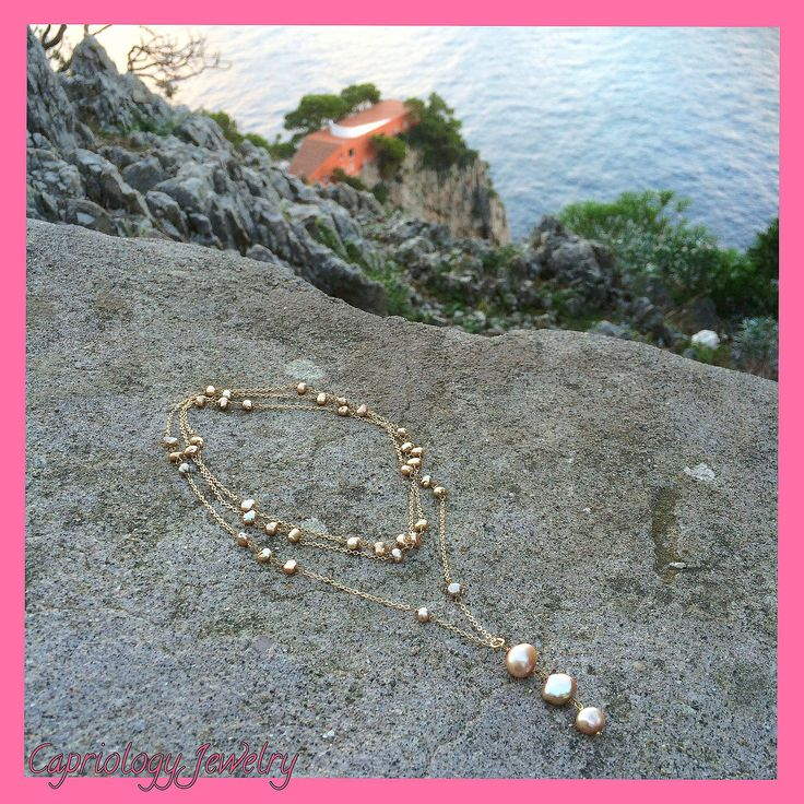 Soon online..... Goldplated chain and gold colored freshwater pearls, sparkly elegance.✨✨✨✨ Created on the beautiful island of Capri, Italy. It is never too early to think about Christmas gifts......