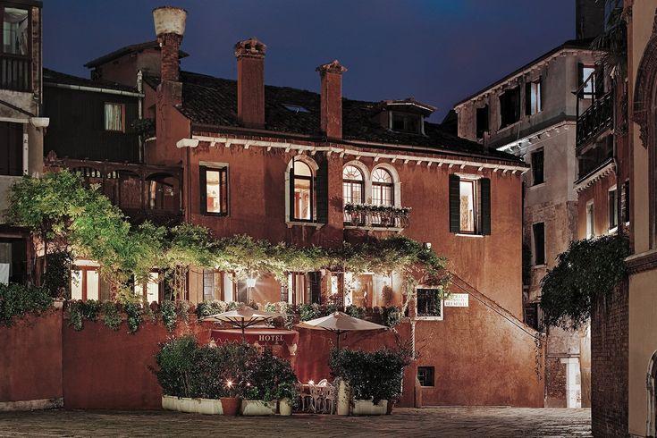 Hotel Locanda Fiorita $97 ($̶1̶0̶5̶) - UPDATED 2017 Prices & Reviews - Venice, Italy - TripAdvisor