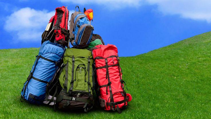 """""""Less is more"""" - detta har aldrig varit mer sant än när det gäller att packa väskan. Spana in våra tips vad vi rekommenderar att ha med på din packlista!"""