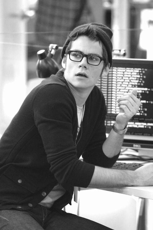 Dylan O'brien=sexy ass nerd i wanna bang
