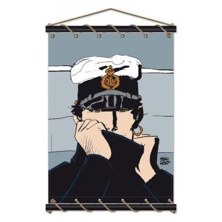 Décoration marine sur le thème de la BD avec le personnage d'Hugo Pratt : Corto Maltese. Toile en coton à accrocher au mur avec bois et cordelette chanvre, reprenant le visuel de la campagne Dior. Modèle déposé. Atelier Blaudeau et Cong SA ©