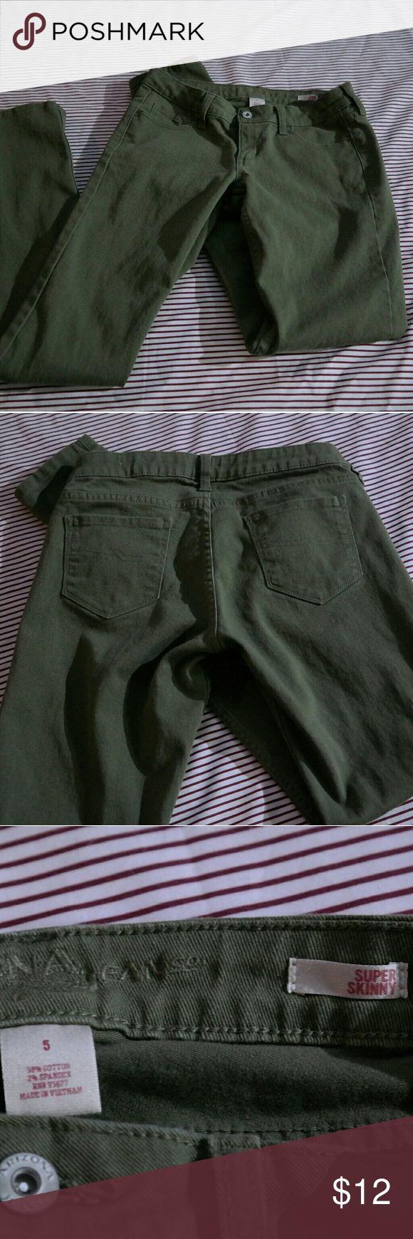 Arizona Jean Co. Olive Skinny Jeans Olive green super skinny jeans. Like new, never worn. Arizona Jean Company Jeans Skinny