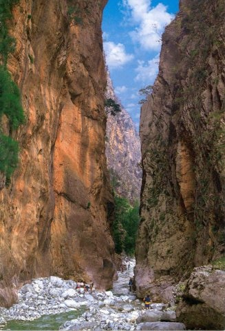 The Amazing Samaria Gorge, Crete Island, Greece http://www.ecoglobalsociety.com/top10-tips-hiking-samaria-gorge/