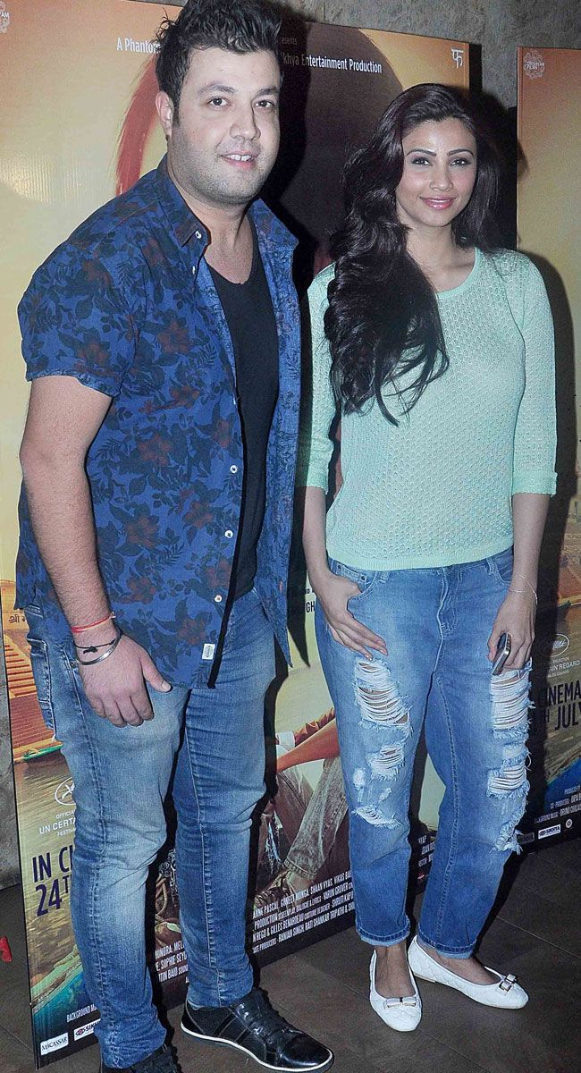 Varun Sharma and Daisy Shah at screening of 'Masaan'. #Bollywood #Masaan #Fashion #Style #Beauty