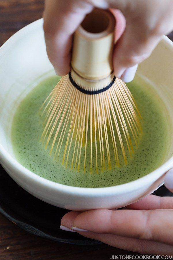 How To Make Matcha Japanese Green Tea Recipe Matcha Tea