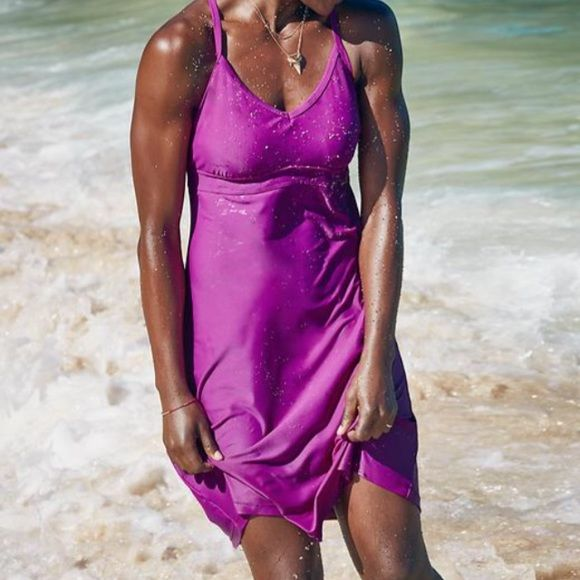 Athleta Shore Break Dress Athleta Shore Break dress Plum colored! Perfect for tennis,running, hiking and traveling. I have dressed it up for evening and down for hiking! Athleta Dresses Mini