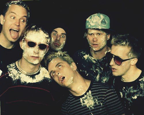 Blink-182 & Green Day Two of my favorite bands together