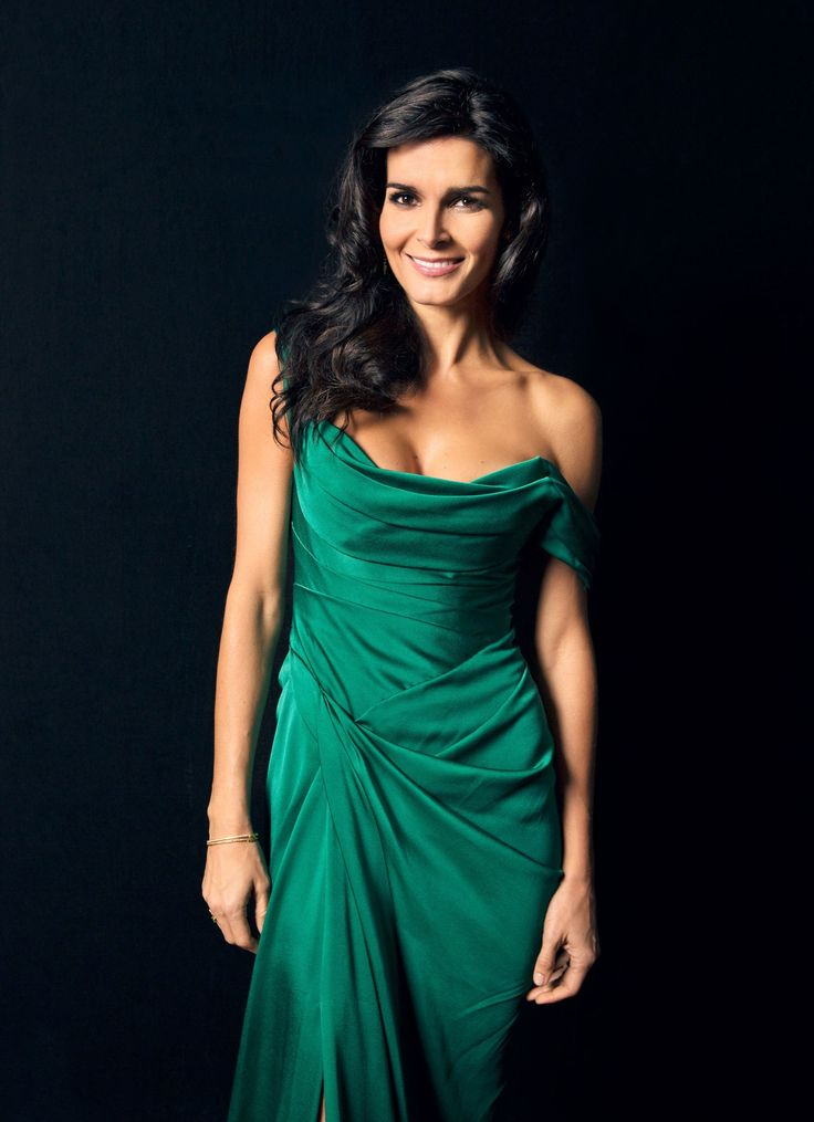 Angie Harmon on Rizzoli & Isles, Françoise Gilot, and Her Ideal Dinner…