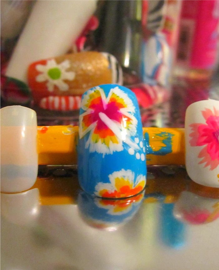Best 25+ Tropical flower nails ideas on Pinterest | Dark ...