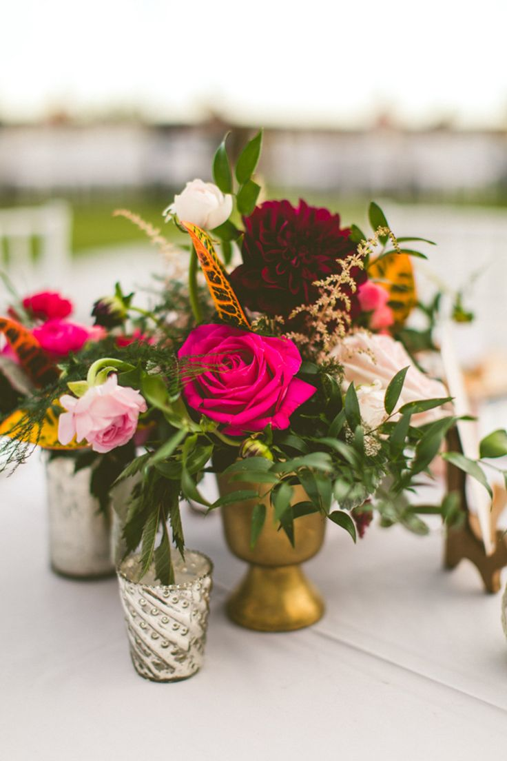 romantic vintage style centerpiece