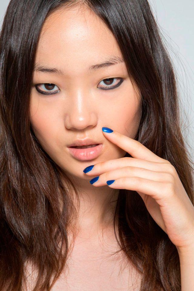 Issa. ESMALTES DE MODA PRIMAVERA-VERANO 2016   Confesiones de una Casual Girl   #beauty #fashion #nails #spring2016 #summer2016 #manicures #belleza #manicuras #moda