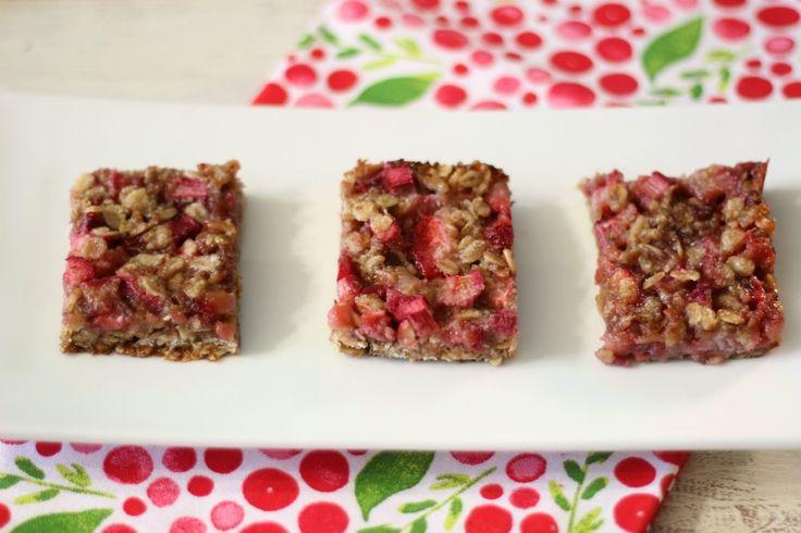 Strawberry Rhubarb Crisp Bars (vegan, gluten-free) - A sweet, healthy ...