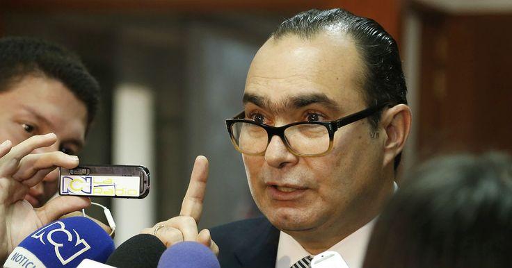 Delicada denuncia de Pretelt contra el magistrado Vargas